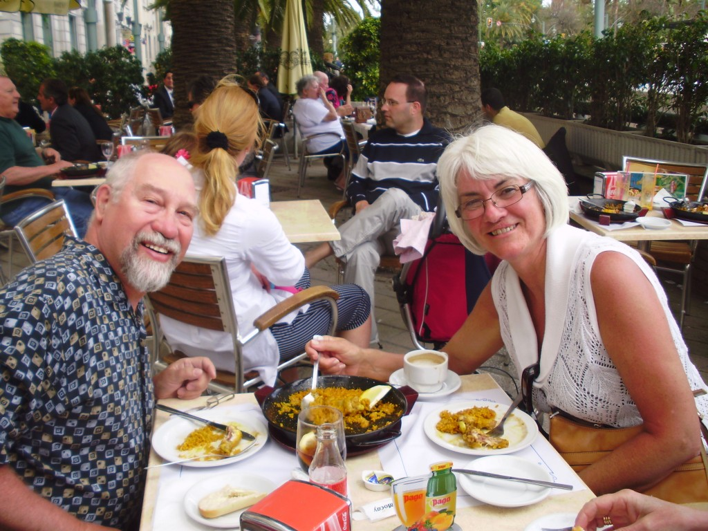 Janis and I enjoy paella at a sidewalk restaurant.