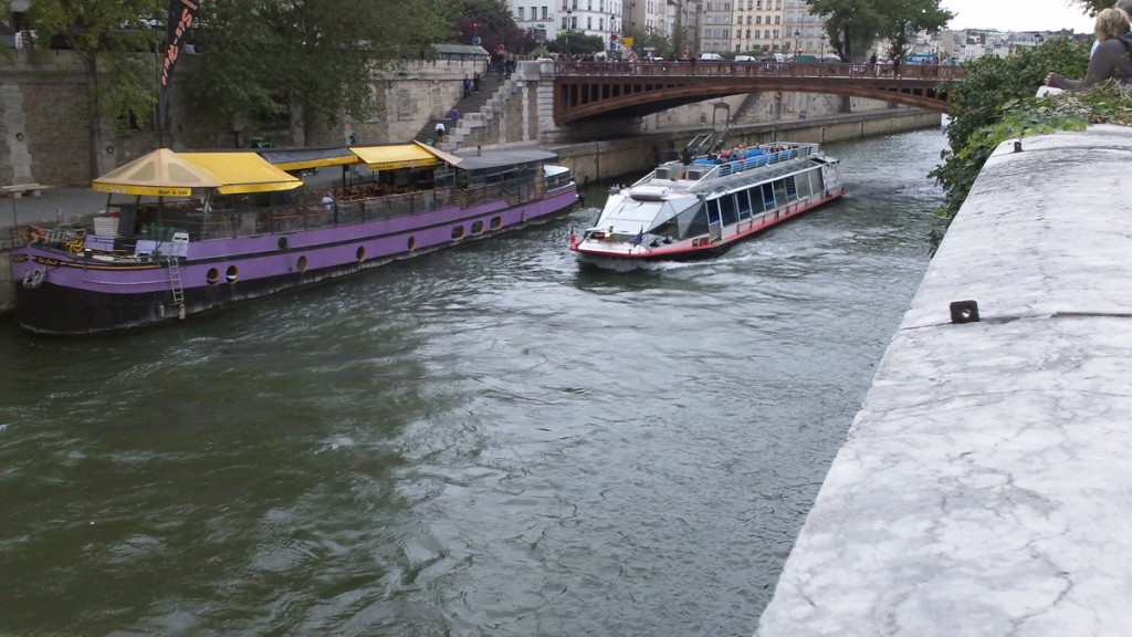 One of the many tour boats on the Seine.