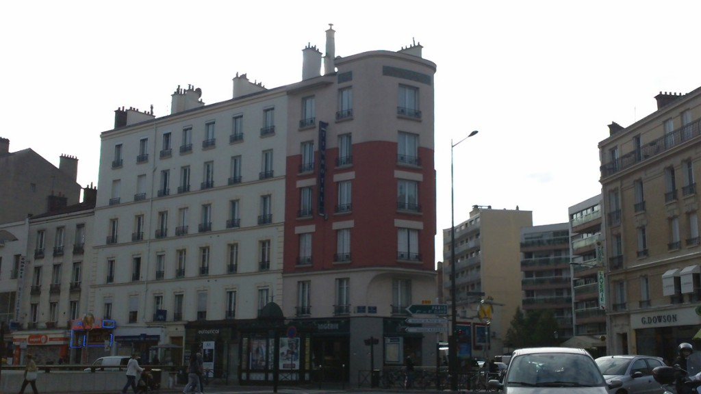The Tim Hotel on the Place Marcel-Sembat